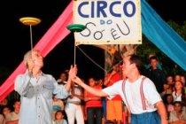 Festival dos Inhamuns. Ezio Magalhães (D) do Grupo Barracão de Teatro(São Paulo) durante apresentação do espetáculo